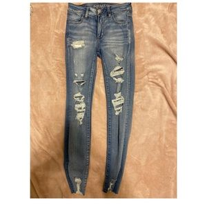 distressed american eagle jeggings